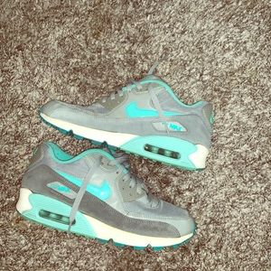 Nike Women's Air Max 90 – Silver – Hyper Turquoise